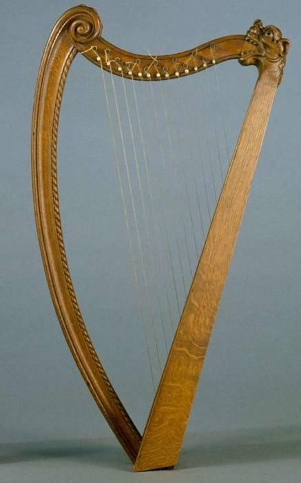 harpe dite médiévale
